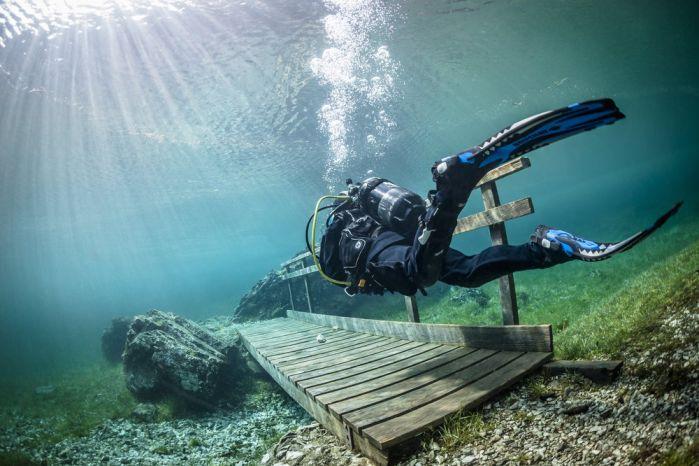 crossing-a-bridge-underwater_1.jpg